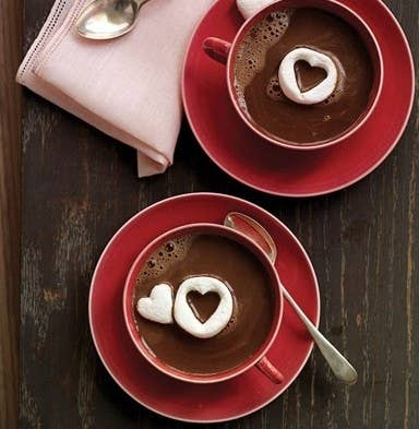 14 pomysłów na użycie foremek do ciastek. Sprawdzą się świetnie nie tylko do wypieków!
