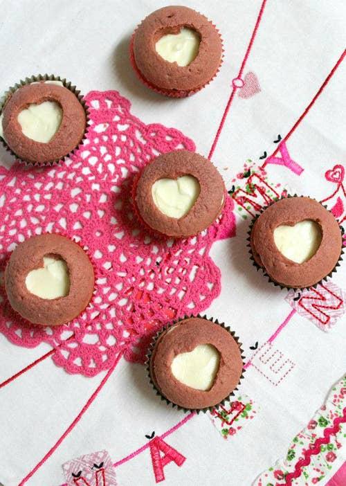 pink velvet sweetheart cupcakes - Valentine Cupcake Recipes