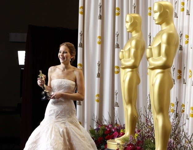 Jennifer Lawrence poses backstage after she won the Oscar for Best Actress for her role in Silver Linings Playbook at the 85th Academy Awards in Hollywood, California, February 24, 2013.