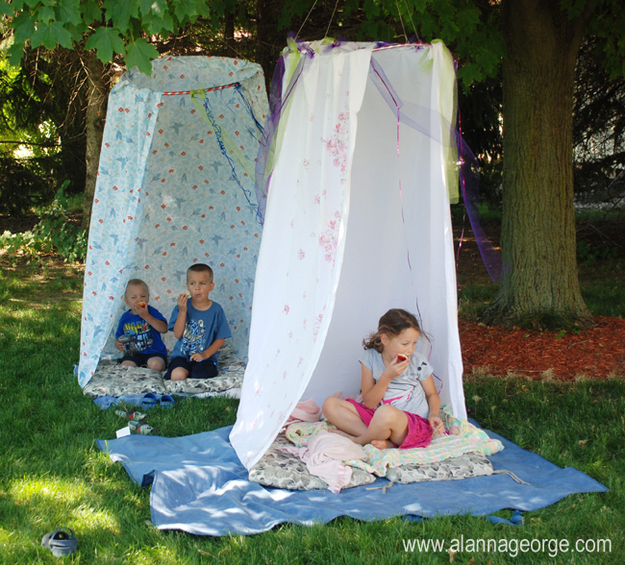 Make little hideouts of hula hoops and shower curtains.