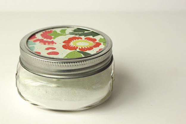 Make an easy baking soda air freshener.