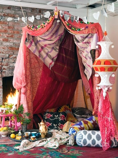 Valentineu0026#x27;s Day fort designed for DesignSponge. & 5 Steps To Building Your Own Epic Blanket Fort
