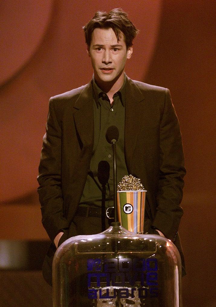 Keanu Reeves winning a MTV Movie Awards