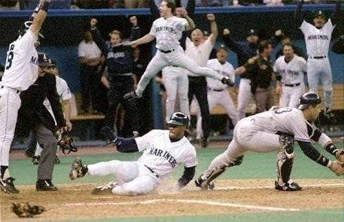 9fb2896df1 24 Things That Prove Ken Griffey Jr. Was The Coolest Baseball Player ...