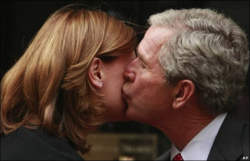 как картинки приветствия поцелуй цедру