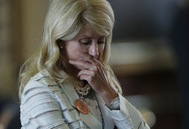 Why Cable News Blew The Coverage Of Wendy Davis' Filibuster