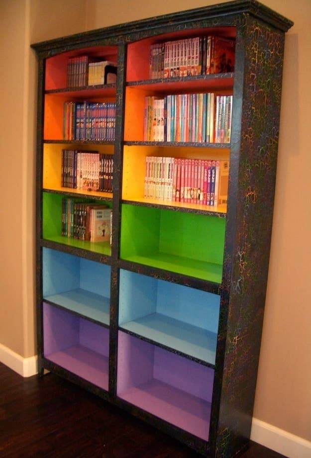 10 Paint Colored Shelves To Signify Different Reading Levels