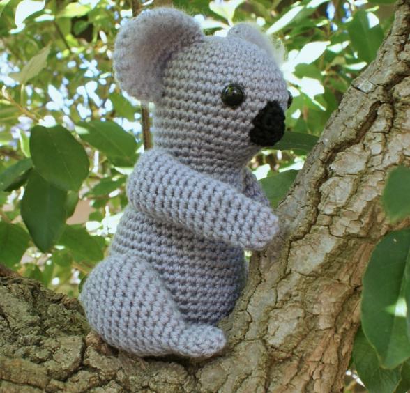 20 Adorable Handmade Stuffed Animals You Need To Hug Right Now