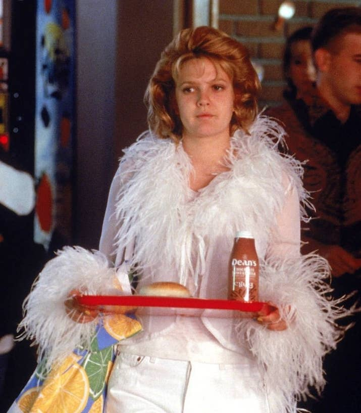 16 diy costumes based on your favorite 90s movie character 1 never been kissed josie geller solutioingenieria Choice Image