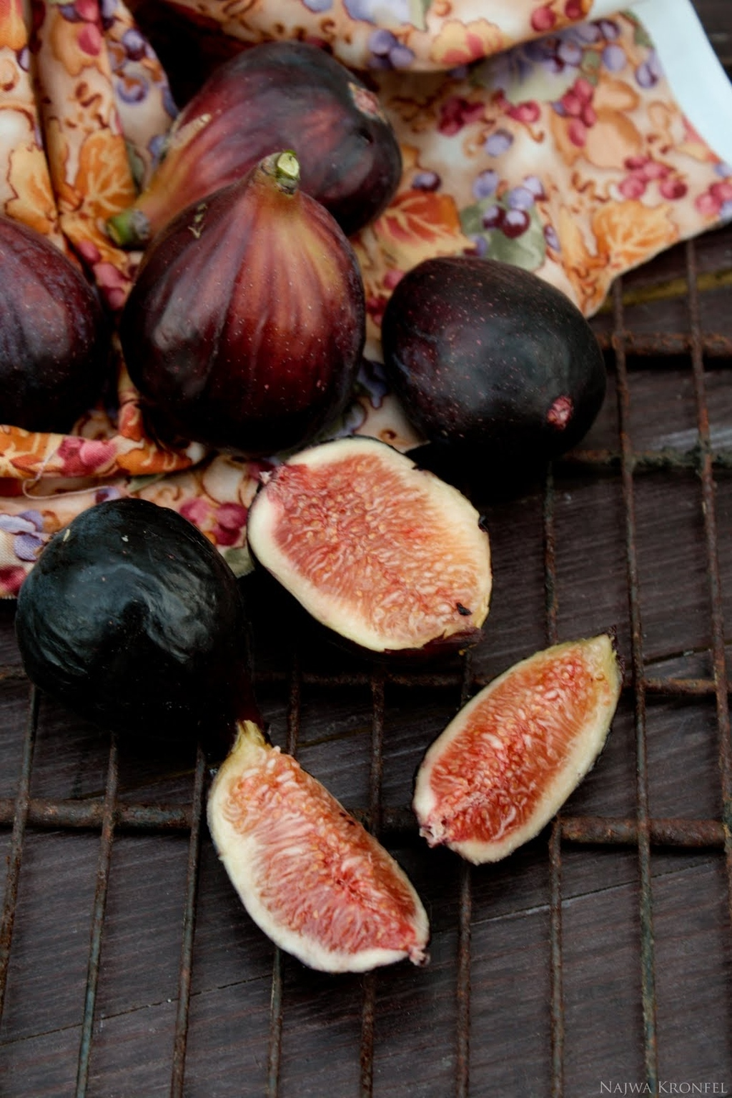 27 Delicious Ways To Eat Fresh Figs