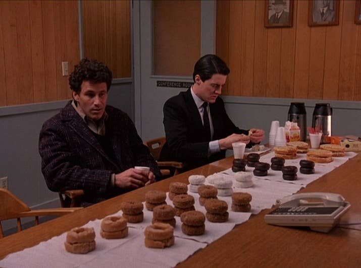"We've all heard the stereotype: cops love doughnuts. ""Twin Peaks"" took it one step further with the elaborate paper towel, doughnut stacking spread. Did Lucy have major OCD?!"