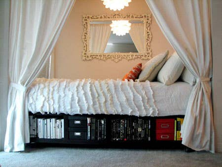 Tuck Your Bed Into An Alcove