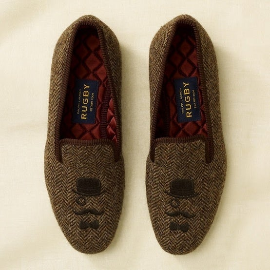 You're too old and too classy to be wearing those slide on Uggs anymore. To best keep your toes warm without sacrificing style, get your hands on some flats with sassy embroidery.