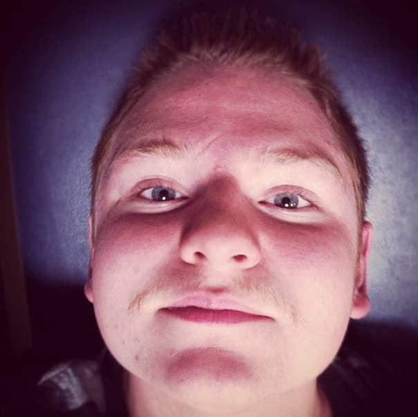 dj mania droppin the bass @deanomania #slick #movember #bass #gingabawls #ginger #eyes