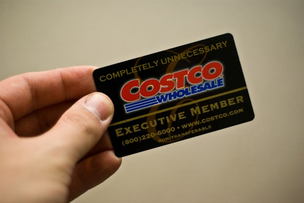 Rules vary on whether a different credit card name can be used, but if you bring cash, you should be fine.Or, just give $10 to a friend who has a Costco membership and ask them to buy you a $10 gift card. According to Consumerist, if you receive a gift card to Costco's, you can get in to shop without a membership.