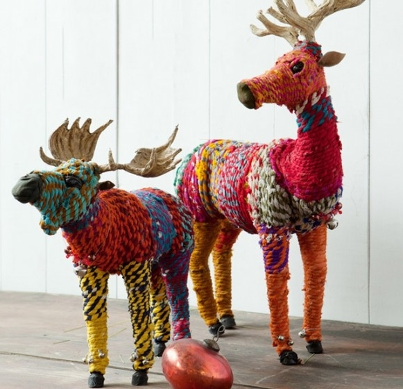 Craft these colorful yarn deer.