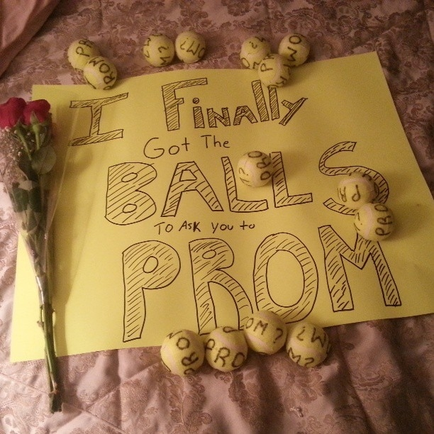 Cool ways to ask girl to homecoming