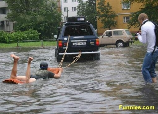 SUV Water Skiing