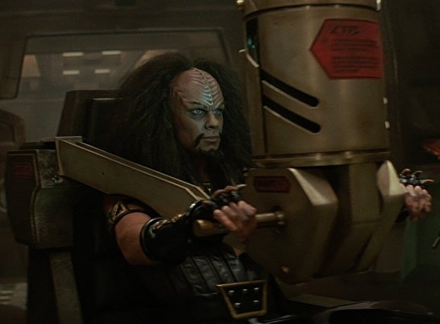 This is a Klingon warrior? With the mega-heavage and ridiculous perm and...is that...eye-liner?! I'd forgotten he was even in this film until I started this post.