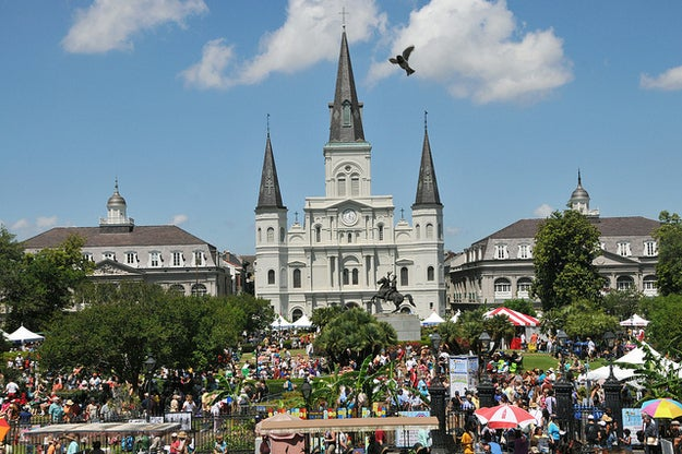 A 30-year tradition, this weekend-long romp amidst the city's most famous blocks is New Orleans' largest free music festival with over 150 acts on multiple stages appearing each year. Famous bars and restaurants fill the streets with samples of their signature best for no more than $5 during the height of the event, known as the world's largest jazz brunch on the waterfront.