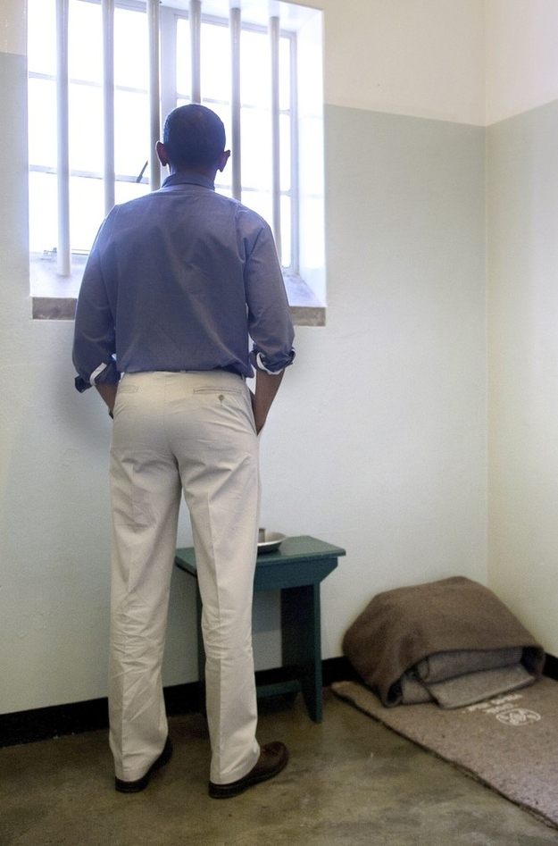 16 Moving Images From President Obama's Visit To Nelson Mandela's Jail Cell