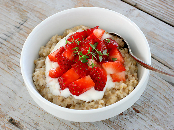 Make perfect steel-cut oats in a rice cooker.
