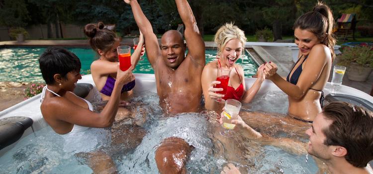 New Yorks Fire Island bans nude sunbathing