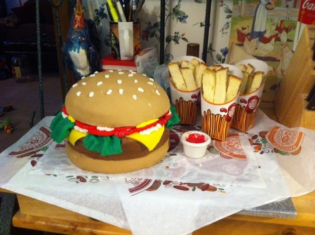 Cake Decorating Ideas Buzzfeed : 27 Fast Food Themed Cakes That Are Like Works Of Art