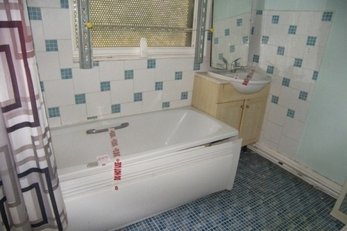 Cock real estate shower