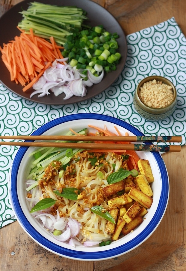 Rice Noodle Salad with Spicy Lemongrass Dressing