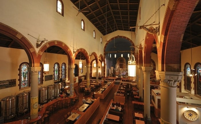 This Pittsburgh brewpub is housed in a deconsecrated Catholic church, and specializes in its four house beers: North German Style Pilsner, Bavarian Dunkel, British Special Bitter and rotating Blast Furnace Stout. After sampling one of each, maybe you'll be divinely inspired to make a confession!