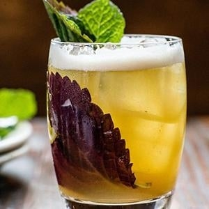 A rum-based refresher, this cocktail blends shiso with pineapple juice, lychee & oolong tea for a drink with real Asian flair.