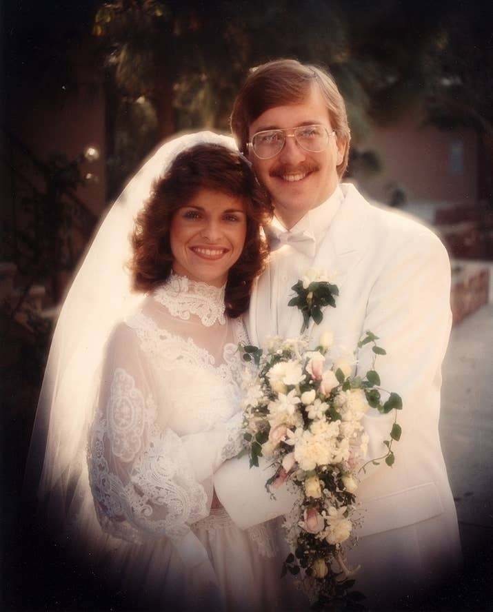 27 of the most amazing 80s weddings youll ever see 4 junglespirit Gallery