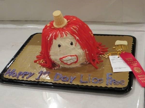 Enjoyable 26 Disturbing Cakes That Should Burn In Hell Funny Birthday Cards Online Alyptdamsfinfo
