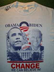 Palin Signs Obama Shirt