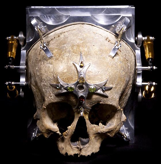 Pinhole Skull-Camera
