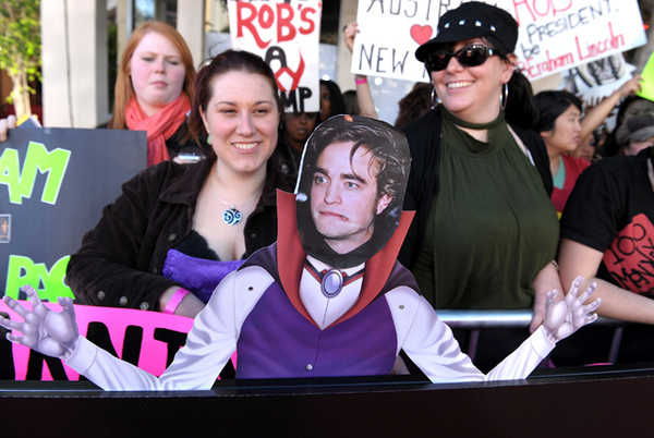 The Best Sign From The 'New Moon' Premiere