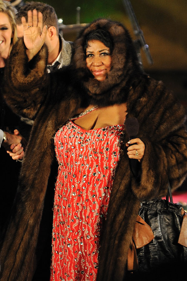 Aretha Franklin's Fur Snuggie