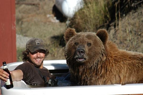 Jacuzzi Bear