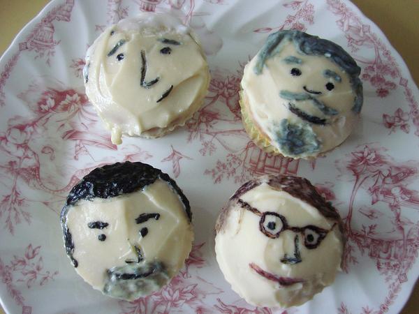 Mad Men Cupcakes