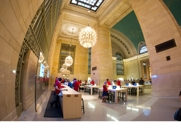 New Apple Store Arrives at Grand Central Terminal