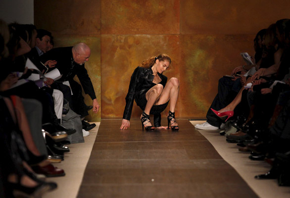 Models Fall In Fashion Show