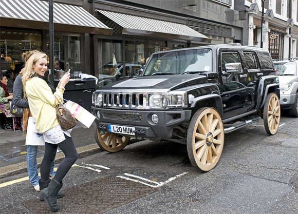 Hummer With Wagon Wheels