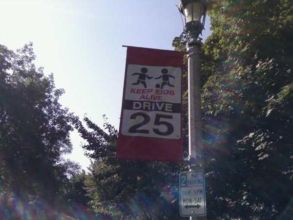 Slow Children Signs: Chicago Style