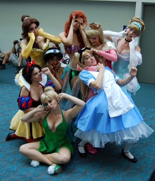 Disney Girls Smile For the Camera