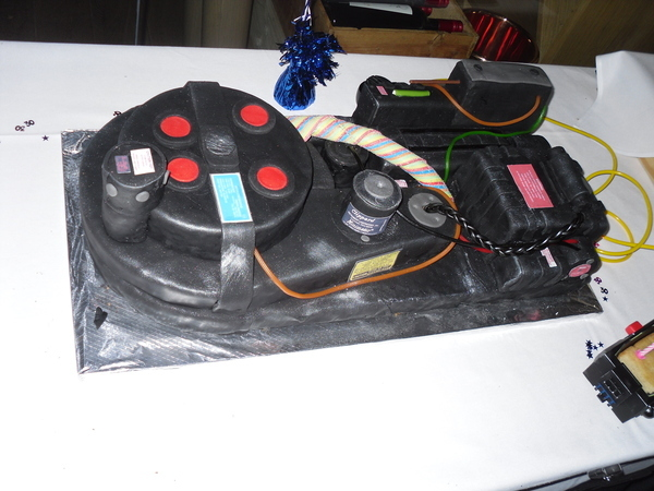 Proton Pack Cake