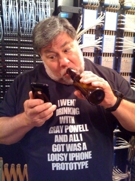Steve Wozniak's Lost iPhone T-Shirt