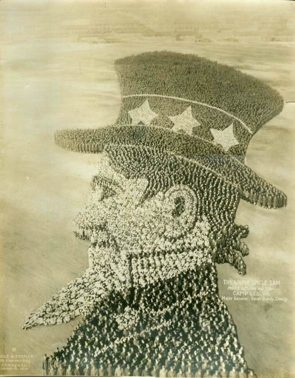 Thousands of US Soldiers Form Images