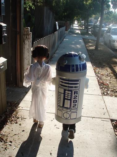 Mini Leia & R2D2 IRL
