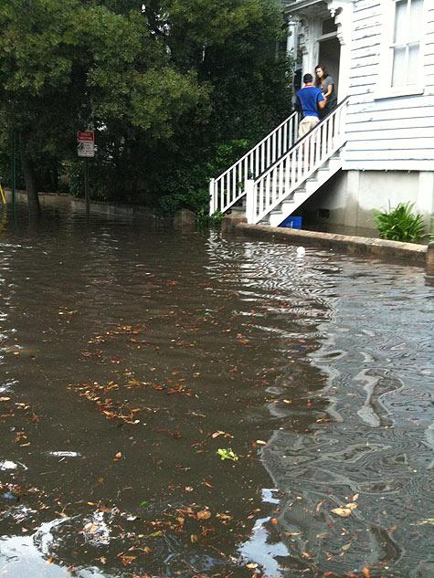 Pizza Guy Delivers Despite the Flood